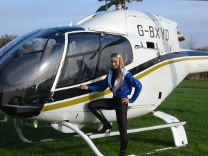 Lizzy by the side of the helicopter